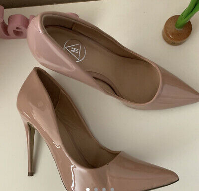 £12 • Buy Sexy Missguided Pointed Nude/Pink Patent Court High Heel Shoes UK 7 EU 40