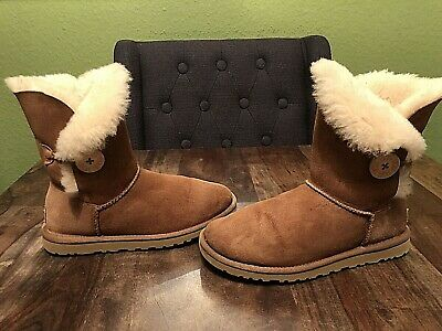 £9.99 • Buy Womens Tan UGG Bailey Button Boots - Size UK 4.5