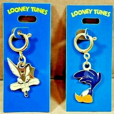 £18.15 • Buy Vintage Road Runner & Wile E Coyote Head Charms 1998 WB Looney Tunes, Mopar RARE