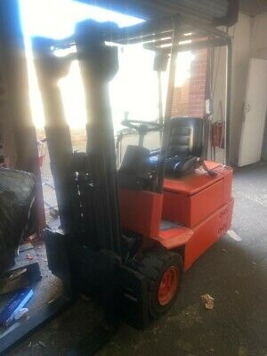 £3250 • Buy Linde E15 1.5 Ton Electric Forklift - Container Spec