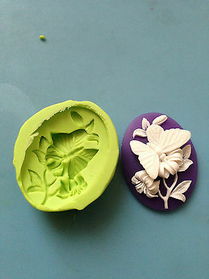 Butterfly Cameo Silicone Mould - Cake Decorating, Sugarpaste, Fimo • 4£