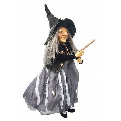 Violet In Grey & Black ~ From The Witches Of Pendle ~ Growing Old Gracefully!! • 30£