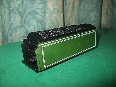 HORNBY LNER A1/A3/A4 APPLE GREEN CORRIDOR TENDER BODY ONLY - No.8 • 17.95£