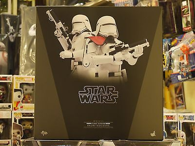 $ CDN463.14 • Buy Hot Toys - 1/6 Scale Star Wars - First Order Snowtrooper Set (In Stock)