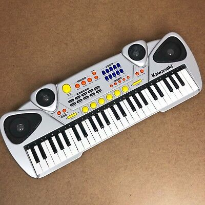 $21 • Buy Kawasaki Keyboard Piano Battery Operated SS359 Batteries Included W/Effects