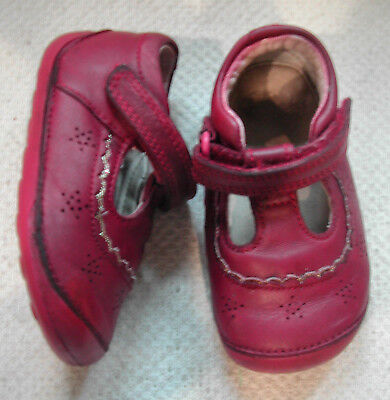 Clarks Girls Red Leather Cruiser Shoes Adjustable Strap UK 3 H, EU18.5 XW • 13.99£