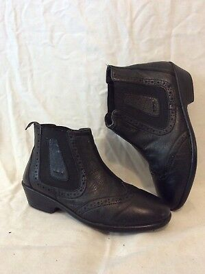 Pavers Black Ankle Leather Boots Size 5 • 26£
