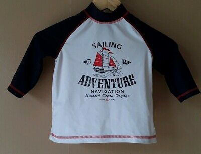 Boys Swim Top White Blue Red Long Sleeved Sun UPF 40+ Aged 6 Years Imm Cond  • 1.50£