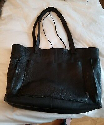 $ CDN220 • Buy Rugby North America (M0851) Leather Shopper Tote Travel Bag