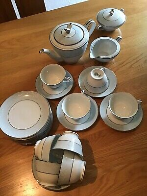 Noritake Fine Bone China Tea Set - Laureate Very Good Condition Overall • 58£
