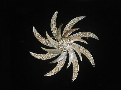 Sarah Coventry - Evening Comet-  Gold-tone Rhinestone Pin Brooch & Earrings  • 25$