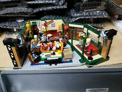 Lego Friends Central Perk Cafe Ideas Set 21319 On Hand Ready To Ship! • 46$