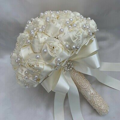 Brides Brooch Bouquet, Ivory Satin Roses, Vintage, Artificial Wedding Flowers • 99.95£