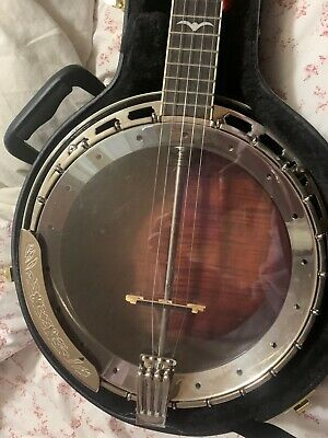 $ CDN900 • Buy Aria Deluxe 5 String Banjo- Used Maybe 3 Hours. Exceptional Sound And Quality.