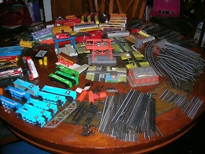 $24.99 • Buy HUGE MIXED LOT HO SCALE TRAIN SET,ENGINES,CARS,TRACK, TYCO And BACHMAN