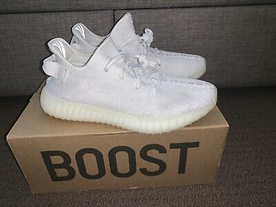 AU200 • Buy Yeezy Boost 350 V2 Cream Triple White SIZE 9 US