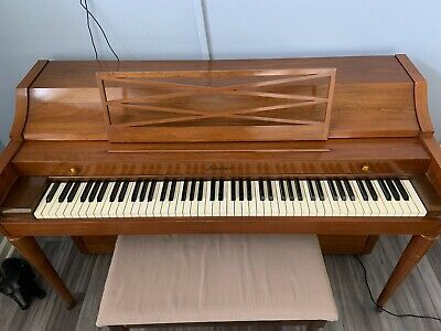 $1000 • Buy BALDWIN ACROSONIC SPINET PIANO With Piano Bench Circa 1966
