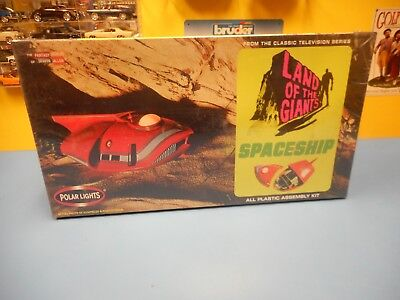 Polar Lights Land Of The Giants Spaceship  New  • 53.45£