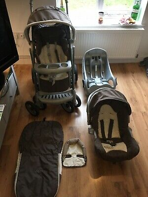 Graco Travel System + Car Seat & Base. • 19.99£