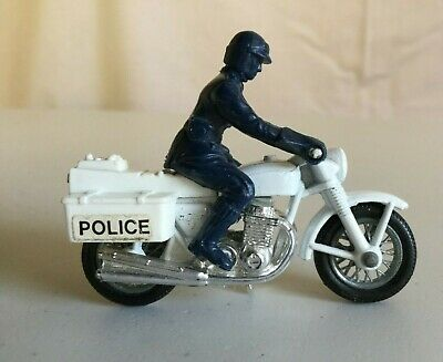 Vintage Matchbox Police Motorcycle With Rider • 1.99£