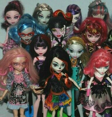 (List #3) Monster High Dolls Inc Some Original Accessories - Choose From Various • 15.99£