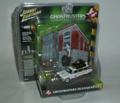 Ghostbusters  Ecto 1A With Firehouse HQ Diorama By Johnny Lightning • 20£