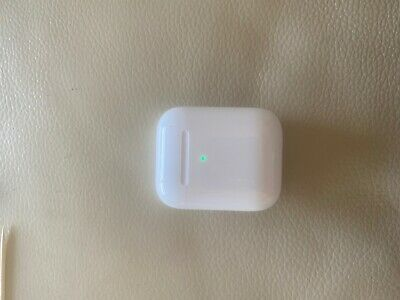 $ CDN104.92 • Buy Apple AirPods 2nd Generation With Wireless Charging Case - White
