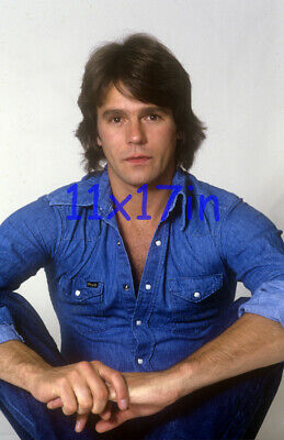 $14.50 • Buy 443,RICHARD DEAN ANDERSON,macgyver,stargate,11X17 POSTER SIZE PHOTO