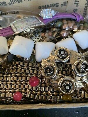 $ CDN17.64 • Buy Vintage To Now Jewelry Lot Unsearched Untested Estate Finds A1