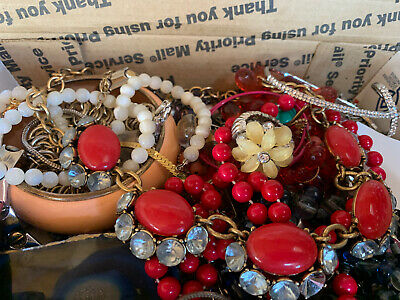 $ CDN17.64 • Buy Vintage To Now Jewelry Lot Unsearched Untested Estate Finds A4