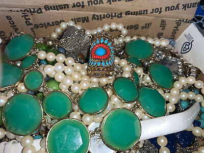 $ CDN17.64 • Buy Vintage To Now Jewelry Lot Unsearched Untested Estate Finds A5