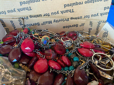 $ CDN16.28 • Buy Vintage To Now Jewelry Lot Unsearched Untested Estate Finds Ab5