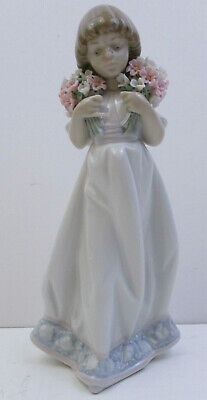 $88.96 • Buy Lladro 7603 -  Spring Flowers  1987 Collector Society Figurine - 8  Tall(ax4)