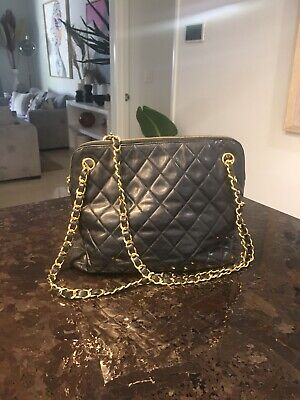 AU1050 • Buy Chanel Vintage Classic Camera Shoulder Bag Lambskin