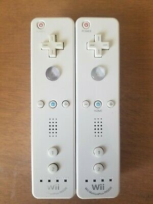 $ CDN69.62 • Buy Lot Of 2 Official OEM Nintendo Wii Remote Motion Plus  Controllers RVL-036