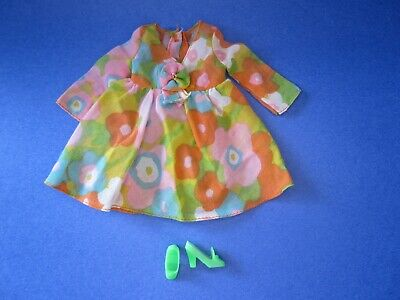 $ CDN36 • Buy Vintage MOD Barbie Flower Wower #1453 (1970) - Dress And Green Pilgrim Shoes