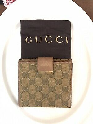$140 • Buy Authentic Gucci Vintage Canvas Wallet W/ Leather Interior And Trim