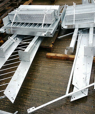 2.6m High Fire Escape Metal Staircase External Steel Staircase - 750mm Step  • 1,380£