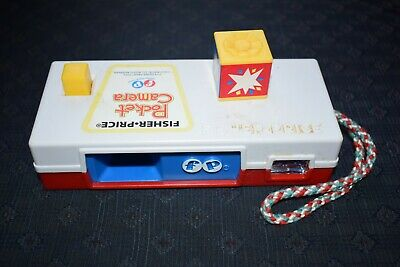 Vintage 1917 Fisher Price Pocket Camera A Trip To The Zoo Kids Toy • 6.99£