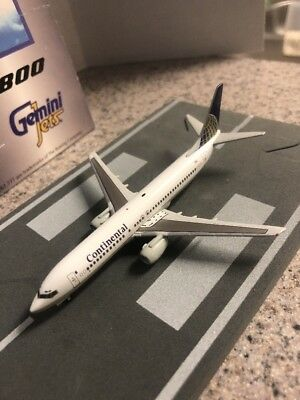 $43.99 • Buy GJ 400 Scale Diecast Model Continental Boeing 737-8 Commercial Airliner