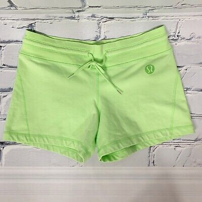 """$ CDN35 • Buy Lululemon Womens Shorts Size 6 Gym Shorts Cotton Terry Lime Green 4"""" Inseam"""