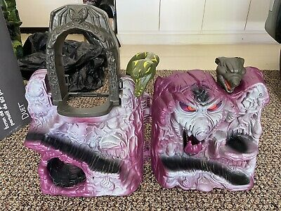 $5 • Buy Original Masters Of The Universe Snake Mountain Playset