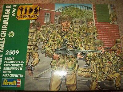 WW2 British Paratroopers, 1/72 Scale Toy Soldiers By Revell • 4£