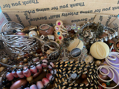 $ CDN18.44 • Buy Vintage To Now Jewelry Lot Unsearched Untested Estate Finds E3
