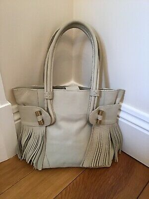 Hidesign Leather Ladies Bag In Cream/Beige With Fringing Detail And Gold Toggles • 8£