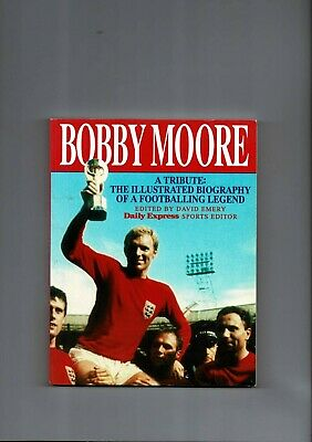 £7.50 • Buy Bobby Moore A Tribute 1993 Paperback Football Book