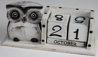 Shabby Chic Standing Owl Perpetual Calendar Wooden (Hand Carved) • 7.95£