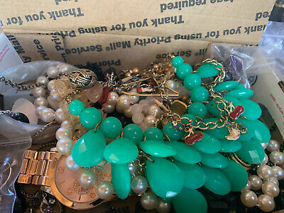 $ CDN18.44 • Buy Vintage To Now Jewelry Lot Unsearched Untested Estate Finds A1