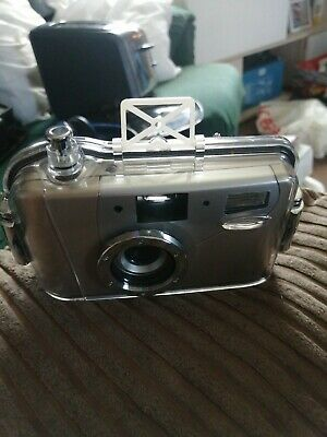 Under Water Camera And Case • 15£