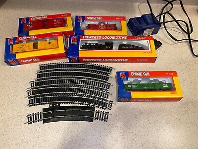 $ CDN47.99 • Buy Life Like Trains HO Scale Locomotive Freight Cars And Caboose